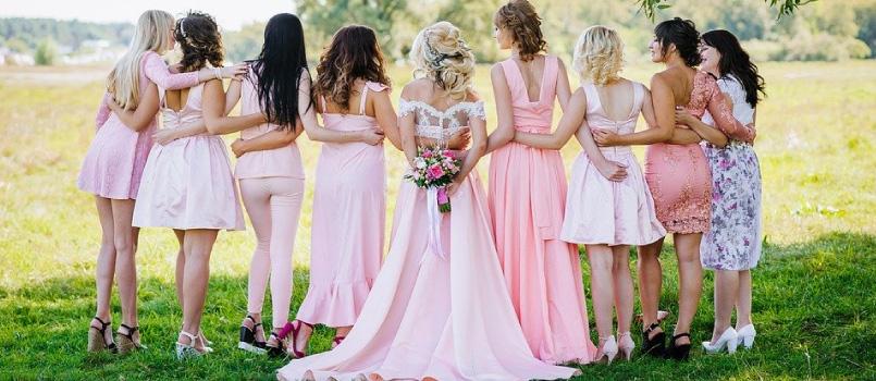 結婚 式 延期 返事